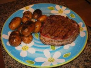 Bacon Wrapped Steak and Nitter Kibe Potatoes